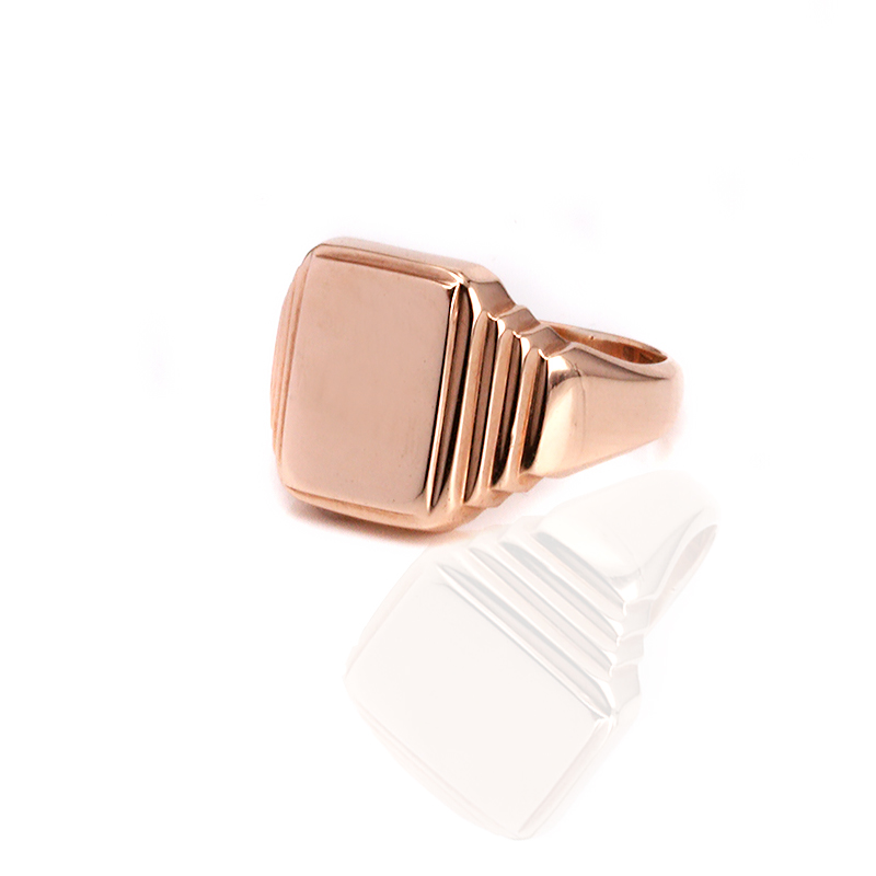 art deco rose gold signet ring dating from the 1920 39 s. Black Bedroom Furniture Sets. Home Design Ideas