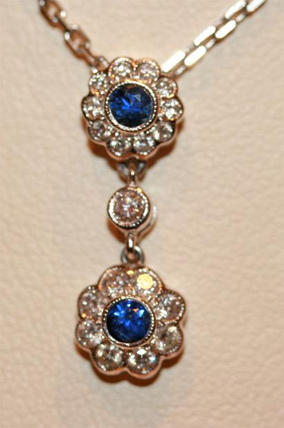 18ct sapphire & diamond pendant.