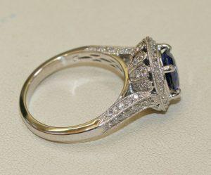 Ceylonese Sapphire and diamond ring