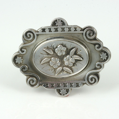 Sterling silver Victorian brooch from 1882.