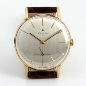 18ct Zenith wrist watch.