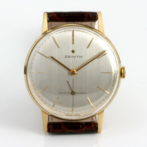 18ct Zenith wrist watch.